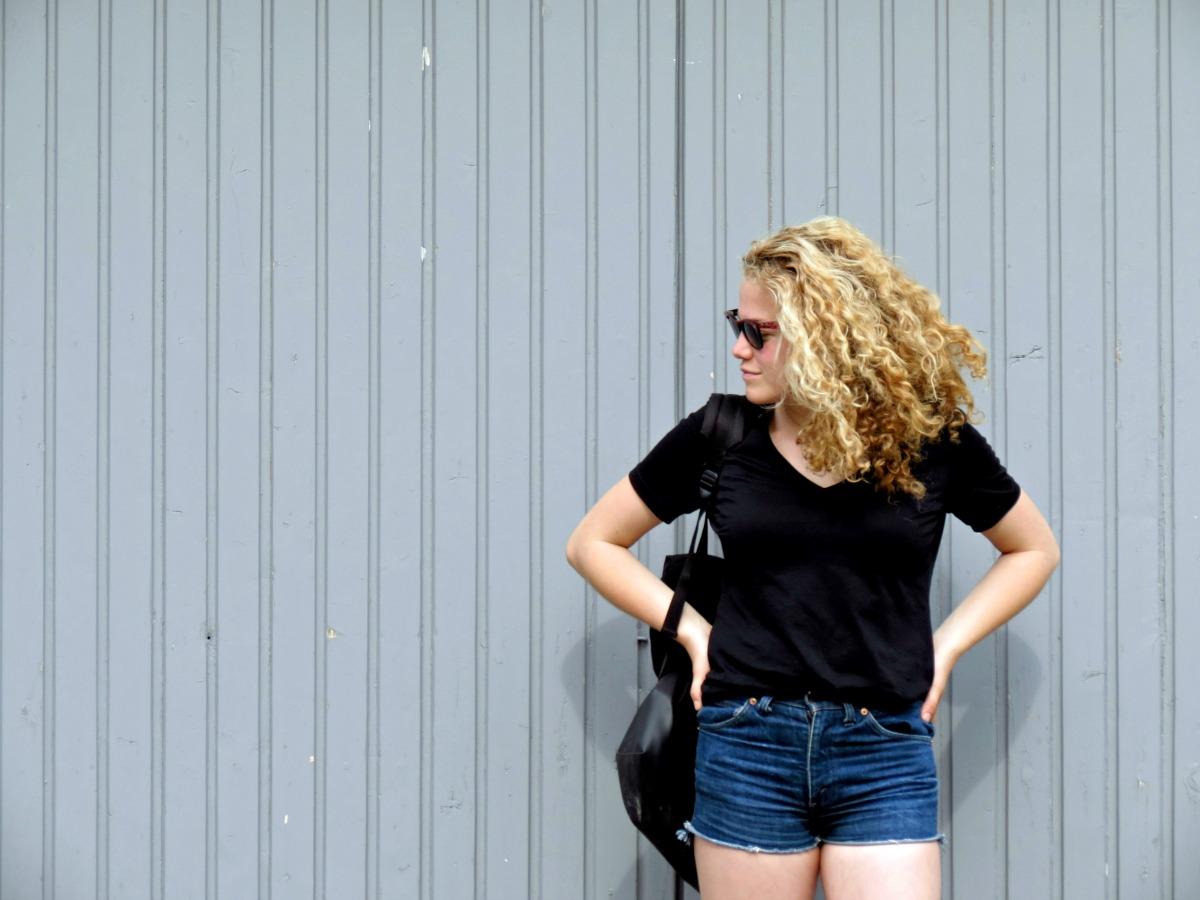 Capsule Wardrobe: The Black Shirt